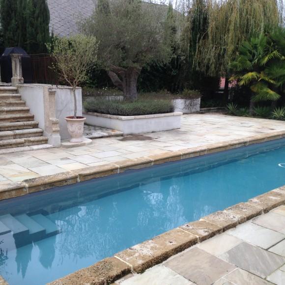 Le couloir de nage realise par marlotte piscines for Construction piscine pau